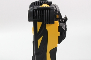Fusion splicer FST-Q5 is not only light, but also good in performance.